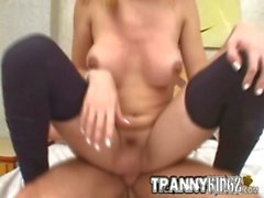 Tranny Kingz Isabelly takes a creamy load