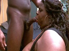 Fat BBW Slutty Shemale JuicyNikki sucking a BBC