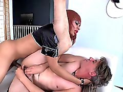 Thickcock black tranny nails wanking bloke