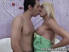 Hot Time With Shemale Shakira Maya