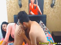 Couple Tranny Babe Love Sucking Cock