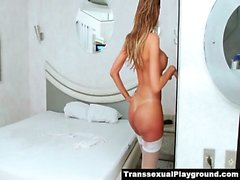 TS Thayla cums and pees in the shower