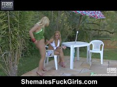 Thais&Julia tranny fucking gal on video