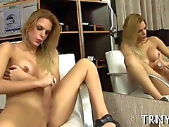 Sexcraving tranny going bad and she jerks her cock