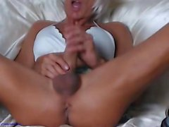 Horny Webcam Girl With Nice Round Tits Masturbating HD