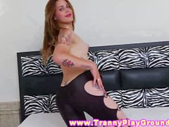 Vampy redhead shemale tart shows her sweet body