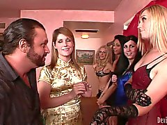Tranny Juliette Stray gives deep blowjob