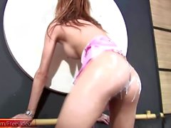 Smokin hot t-girl jerks off her stick until she creams