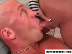 Khloe Hart analed and cums in guys mouth